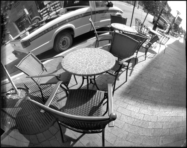 Curved-film Pinhole Sample
