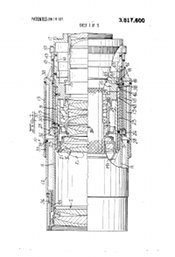 Patent 3,817,600 Zoom lens having close-up focusing mode of operation